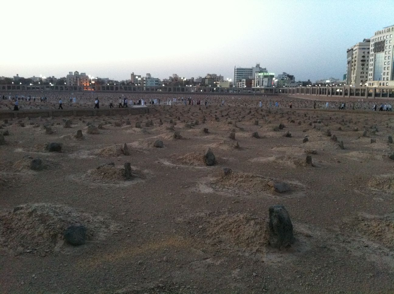 Jannat UL Baqi http://inamabidi.blogspot.com/2011/06/journey-to-heart-of-islam.html