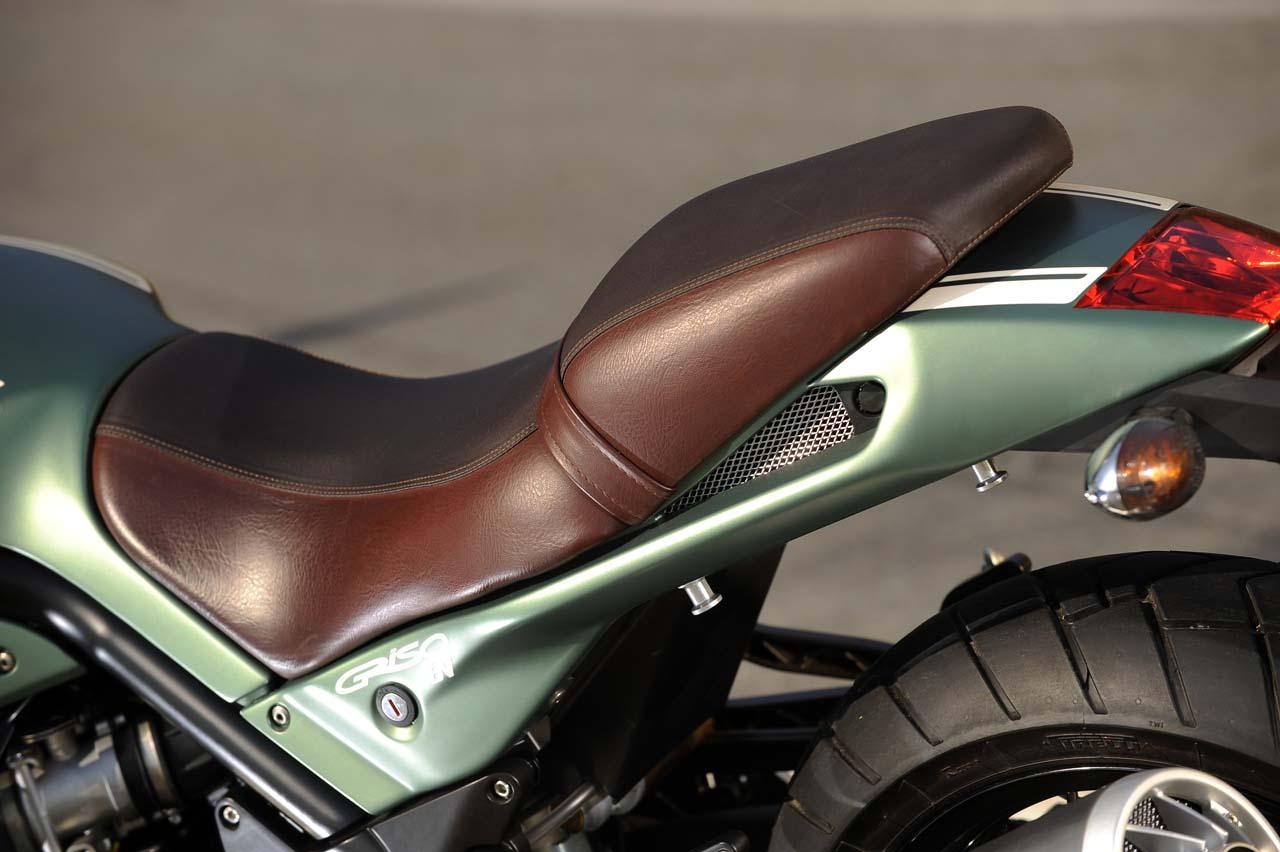 Qa Yamaha Saddle