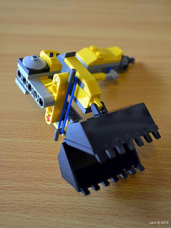 emmet's construct-o-mech - bulldozer arm