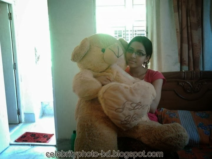 Deshi+girl+real+indianVillage+And+college+girl+Photos098