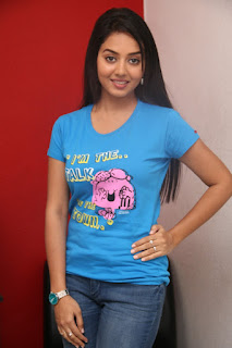 Vidya South Indian Beauty in chest print T Shirt and Denim Jeans high heels