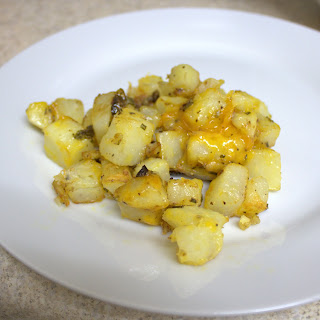 cheesy cheddar rosemary jalapeno breakfast potatoes