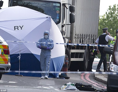 Soldier Attacked in Woolwich of Allah Suspect - Dear Jane Doe News