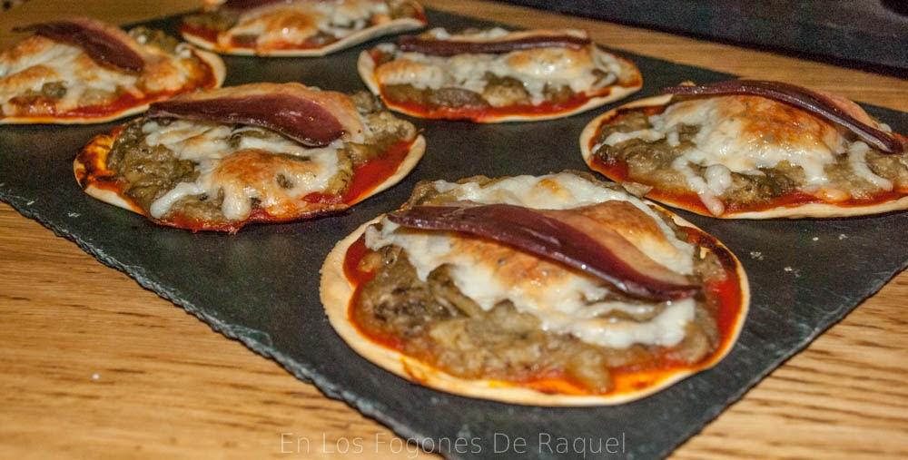 http://enlosfogonesderaquel.blogspot.com.es/2014/02/pizzetas-de-berenjena-con-jamon-de-pato.html