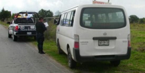 Encuentran en Cholula camioneta robada