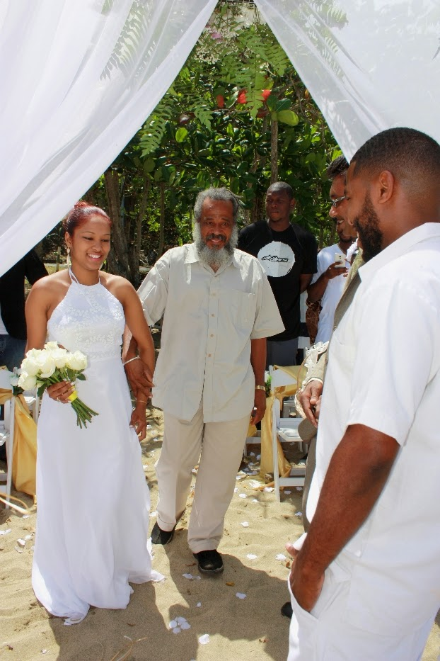Morning beach wedding in Tobago