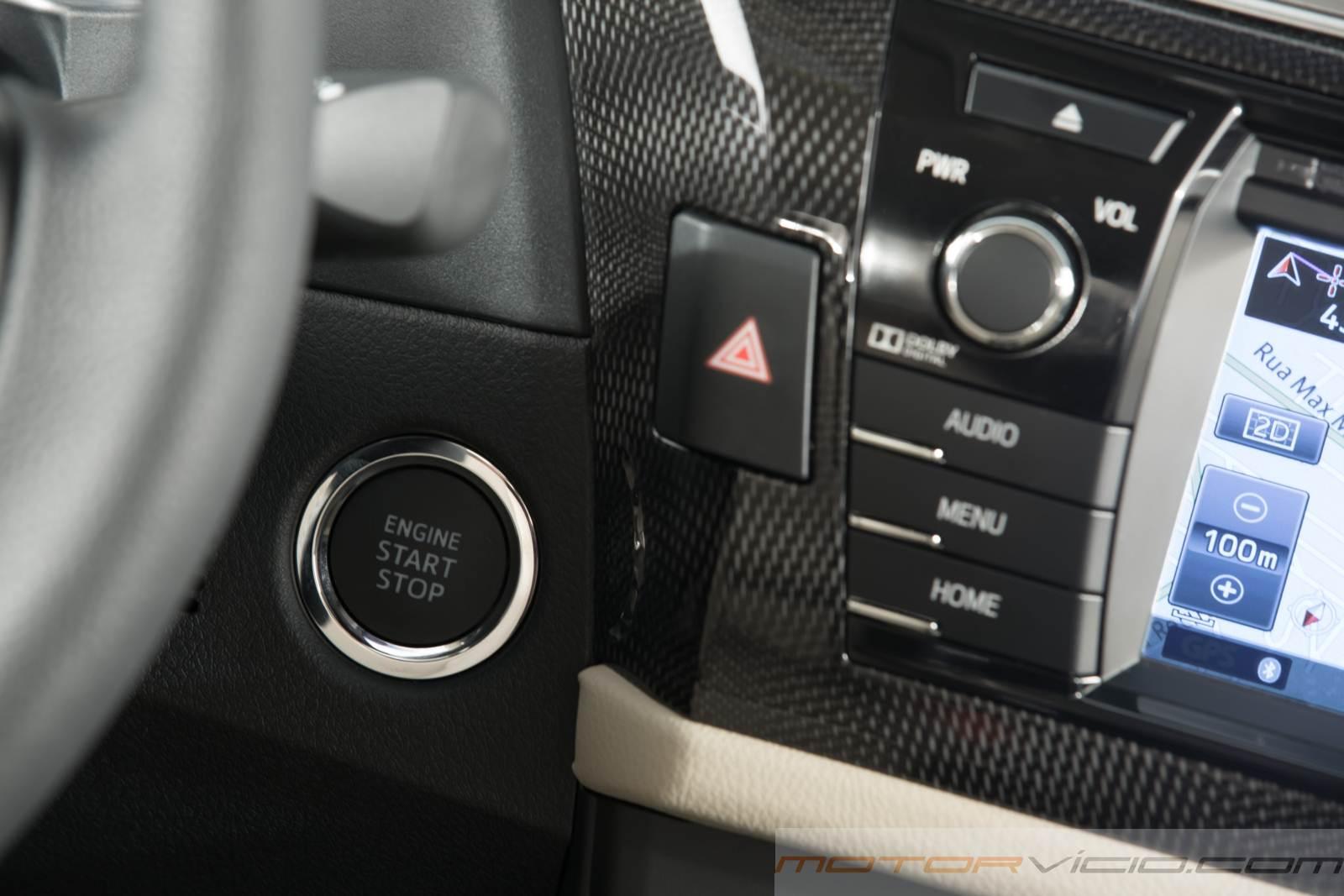 carro Corolla Toyota 2015