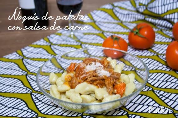 Ñoquis de patatas con salsa de carne