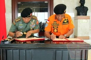 Penandatanganan Perjanjian Kerjasama TNI dengan Basarnas