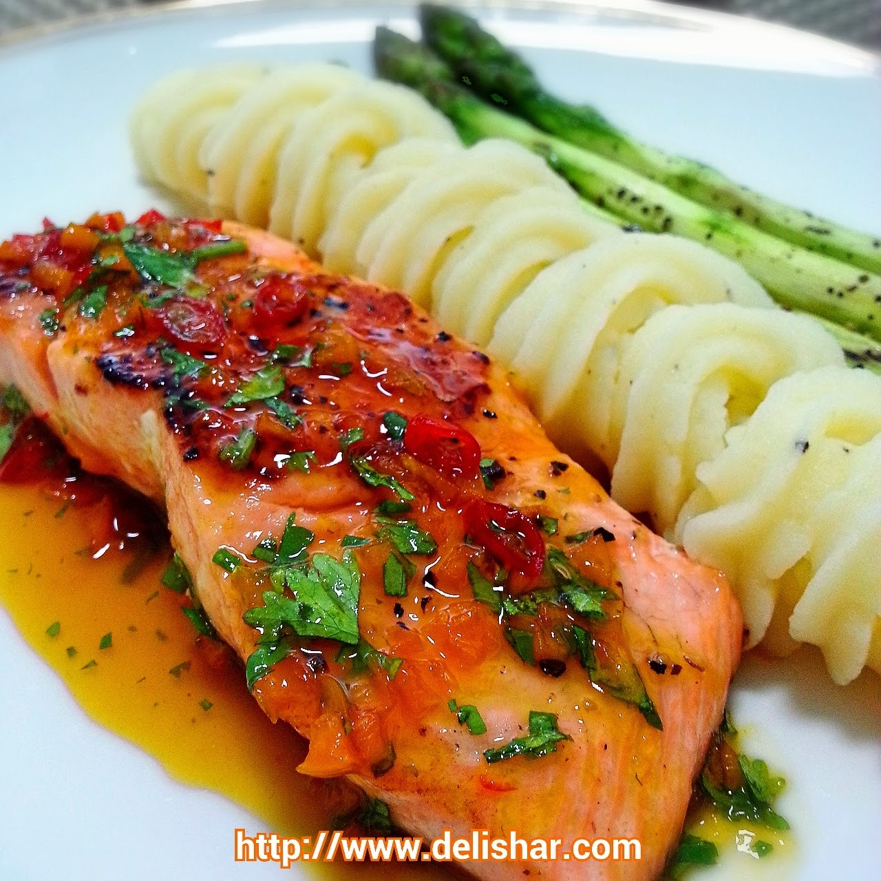 ... & Food Blog: Salmon with Spicy Orange Glaze and Grilled Asparagus