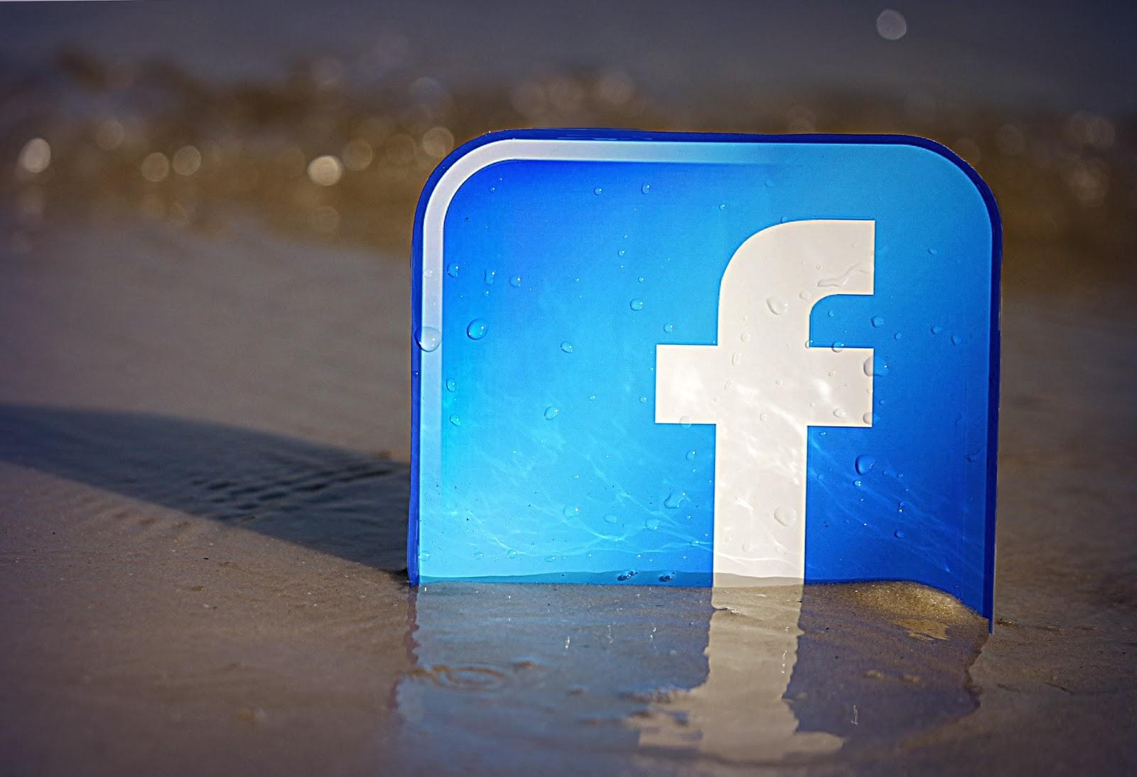 Download Aplikasi Facebook untuk HP Samsung