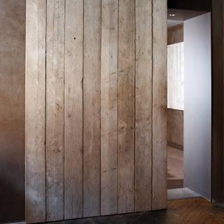 portes de fusta. Black Bedroom Furniture Sets. Home Design Ideas