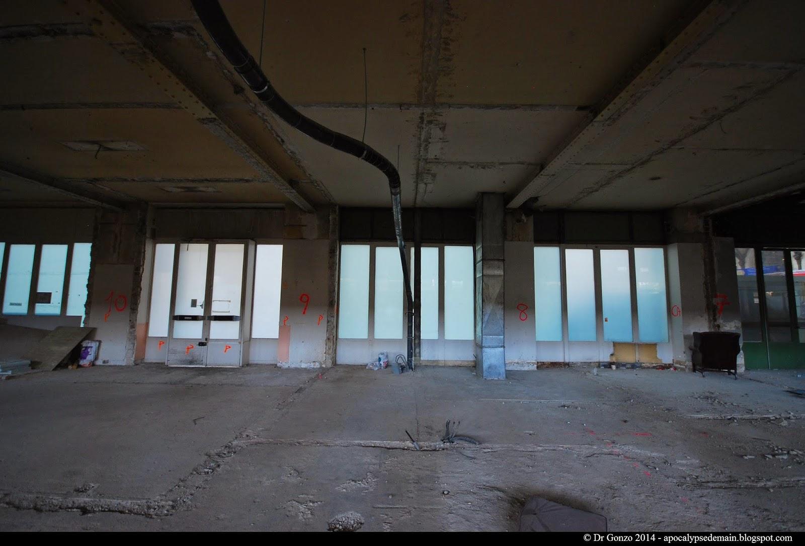 Gare de Lyon - guichets - salle des Fresques - friche industrielle