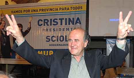 Castells : Parrilli nos ofreció armas y plata para resistir