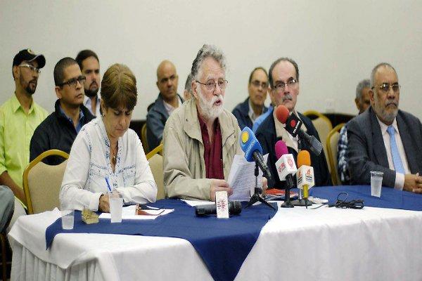 Llamado Internacional a Detener la Violencia en Venezuela - Más allá de la polari