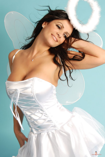 denise milani hot sexy pics photos angel looks