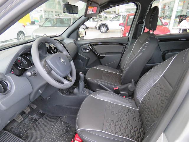 Reanult Duster Oroch 1.6 - interior