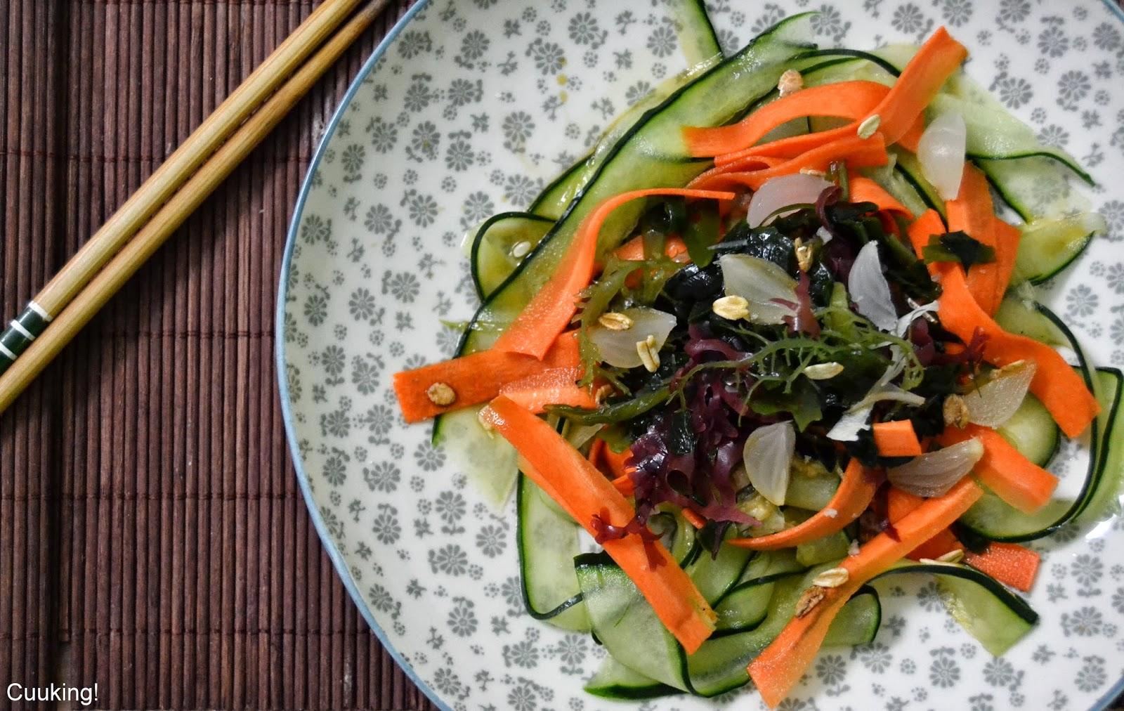 Ensalada Sunomono de algas y pepino