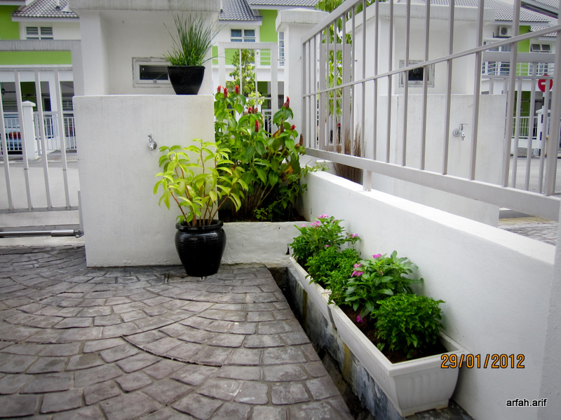 Marvelous ... All Of The Plants Were Planted In Pots And Planters. The Very Far  Concrete Planter Was Made By My Husband End Of Last Year. Inside Iu0027ve  Planted ...