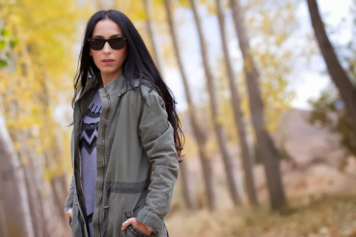 Outfit with green embellished Parka and grey colors