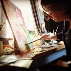 KIM MOULDER, ARTIST