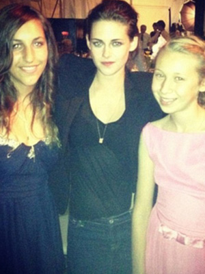 kristen stewart at a wedding