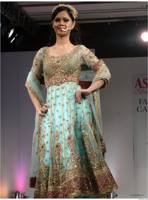 Fashion style anarkali bridal fashion dress indian for Cheap pakistani wedding dresses