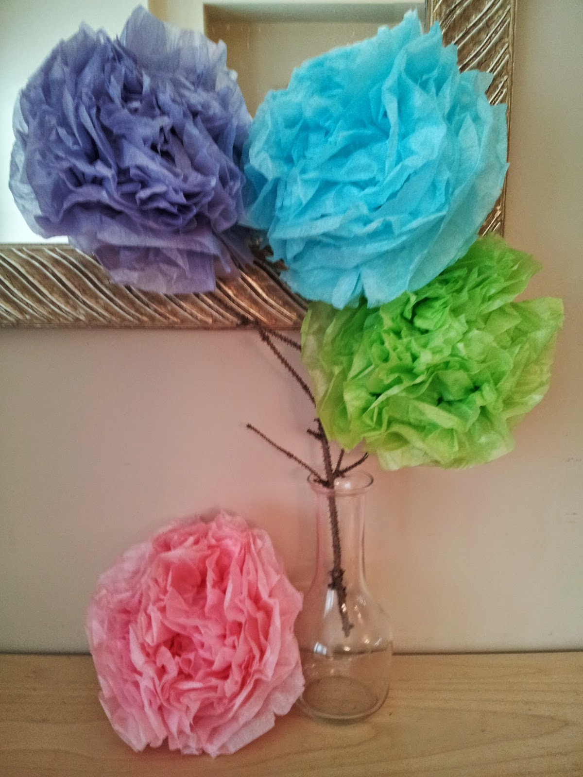 Tissue paper flowers, tissue paper puffs, crafts, kids crafts, spring crafts