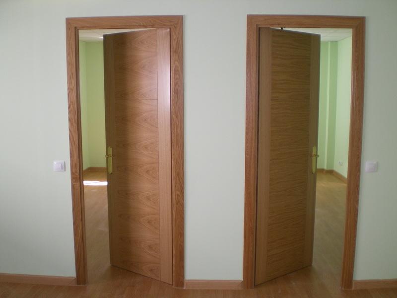 Carpinteros puertas de madera carpinter a en madrid for Puertas para habitaciones precios