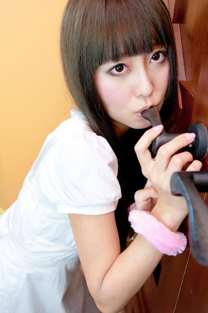 Doctor Ojiplático. DoorKnob Licking Girls. Fetichismo Nippon.