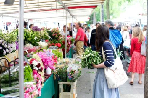 Place - Paris Farmers' Market via Oh Happy Day blog