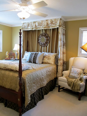 cottage hill to gina the shabby chic cottage. Black Bedroom Furniture Sets. Home Design Ideas