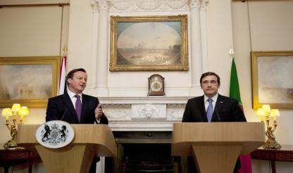 Guiné-Bissau: PM britânico oferece ajuda a Portugal para aumentar pressão