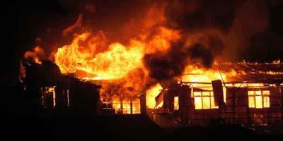 Pemerintah Provinsi Maluku maupun Pemkot Tual diharapkan memperhatikan nasib para pedagang yang menjadi korban kebakaran pasar Tual pada Jumat, (2/10) lalu.