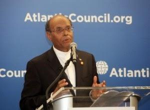 Marzouki demande aux Etats-Unis de donner 12 hélicoptères à la Tunisie