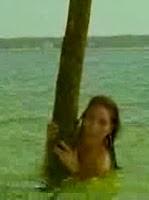 La Mer á Boire 01 (2003) Nudist Short