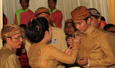 Jelang Pernikan Anaknya, Jokowi Mengaku Kurang Tidur