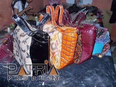 TAS BATIK INDONESIA  Sentra Industri Tas Batik Siap Produksi Tas ... ac3499ffac