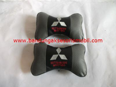 Bantal Kulit Mitsubishi Abu (Per 2 Pcs)