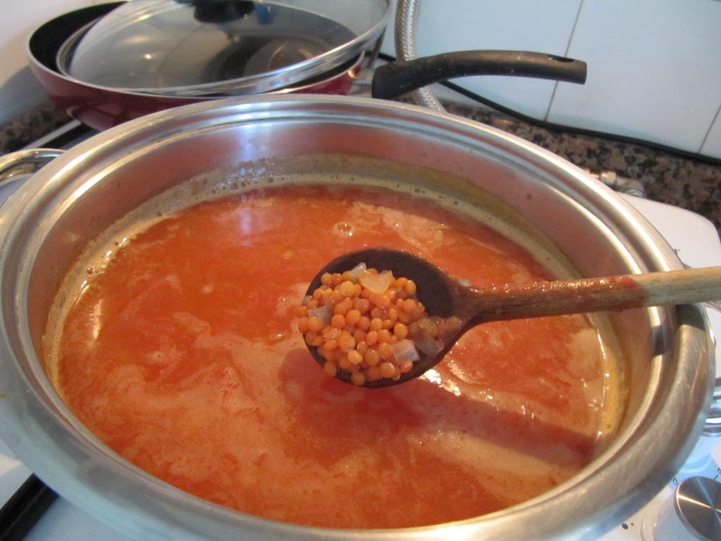Суп из красной чечевицы mercimek çorbası