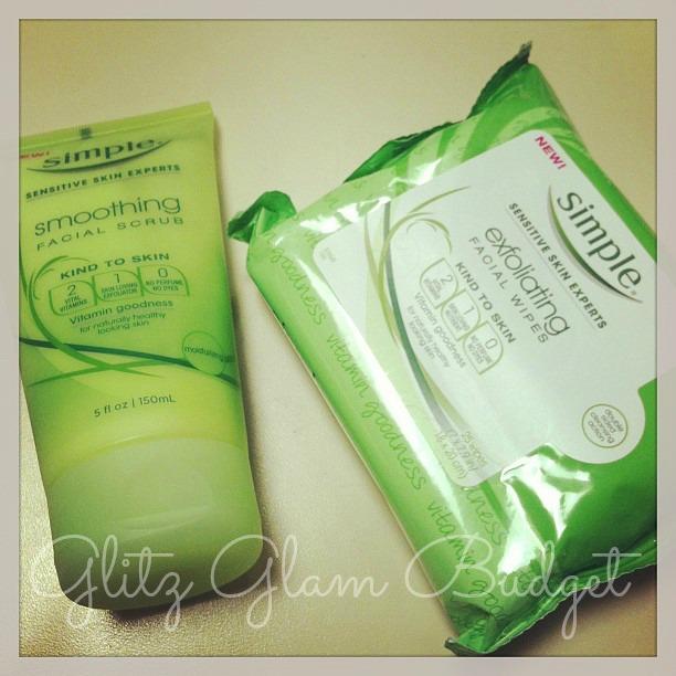 Simple Skincare Smoothing Facial Scrub