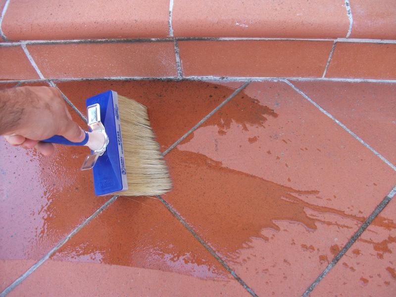 Come impermeabilizzare un vecchio terrazzo soluzioni fai for Terrazzo fai da te