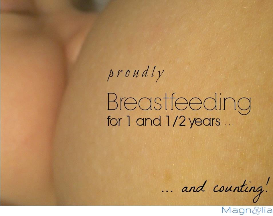 baby mom breastefeeding