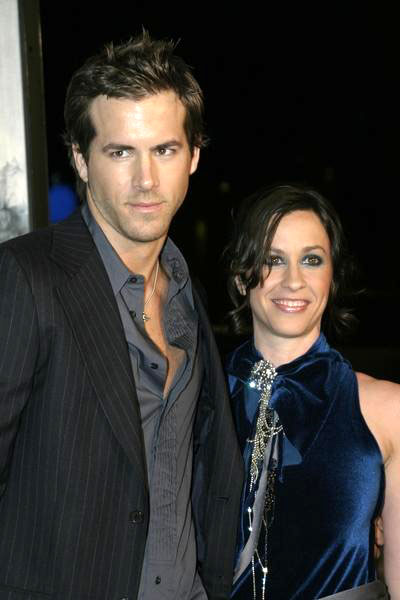 Alanis Morissette opens up in song about her split from ...
