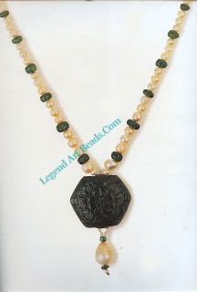 Opposite: A pearl and emerald necklace, featuring a hexagonal emerald (161.20 metric carats) which was probably carved in north India in the early to mid 17th century.