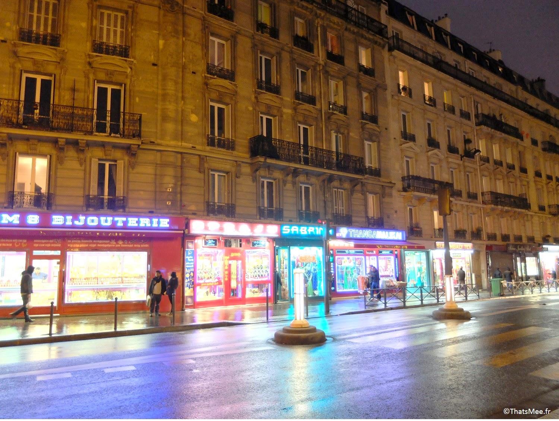 quartier indien néons shop Gare du Nord Paris by night ThatsMee.fr