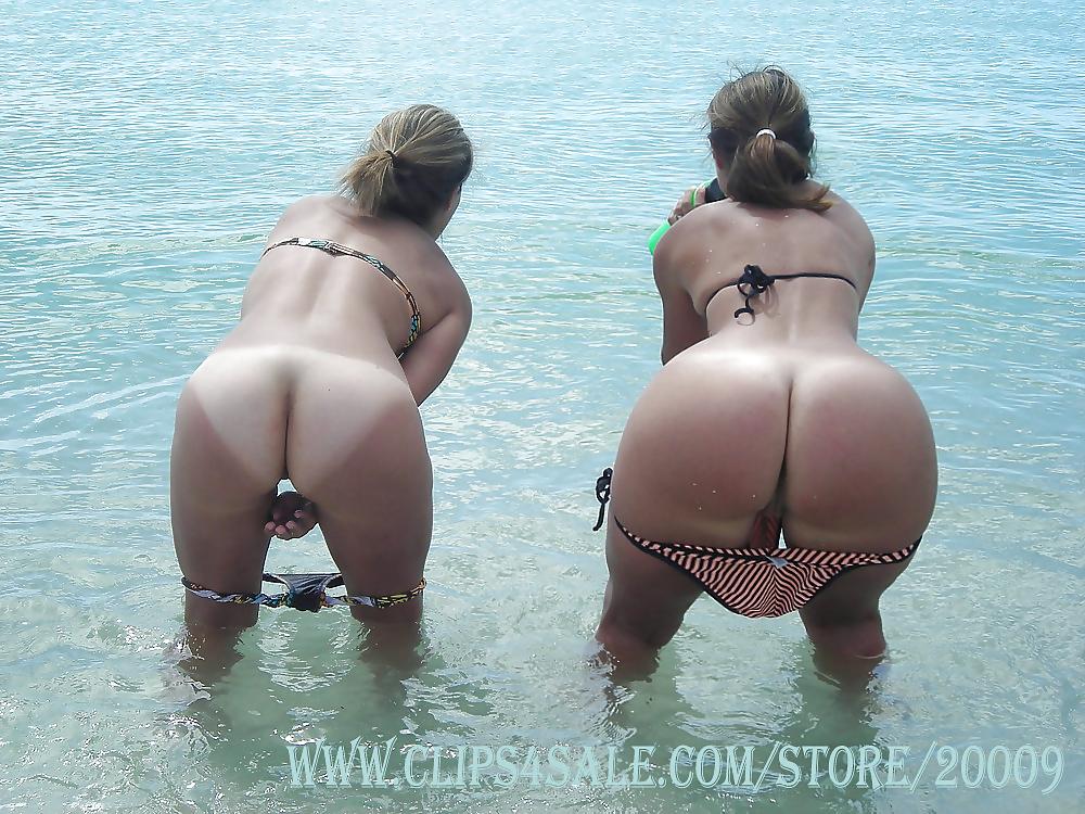 огромная жопа на пляже фото