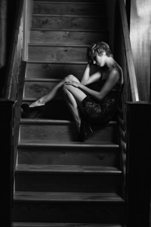 Dave Kelley photography women female models fashion At the stairs