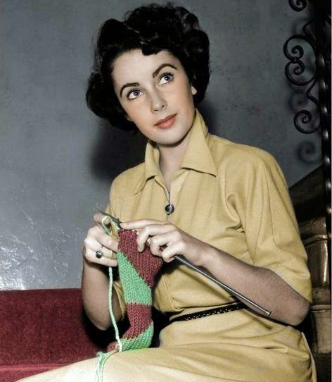 Liz Taylor knitting