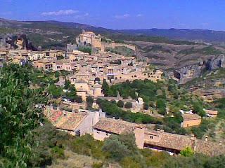 Colegiata de Santa María la Mayor en Alquézar (Somontano, Huesca, Aragón, España)